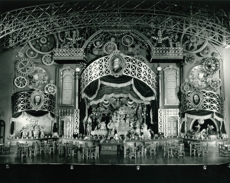 THE MAGIC LANTERN THEATRE was to be a magical mechanical toy theatre come to life on an epic scale. Copyright The Goddard Group All Rights Reserved